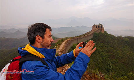 Easy Tour China client visiting the Great Wall in Beijing