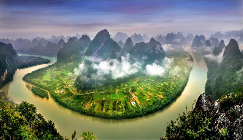 The view of Yangshuo and Xingping from the air