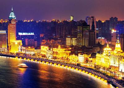 Shanghai Group Tour: Evening Huangpu River Cruise