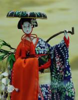Geisha Sculpture
