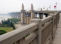 Details of Changjiang Bridge Wuhan