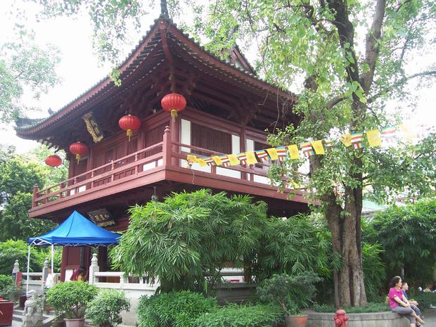 Bright Filial Piety Temple Scene