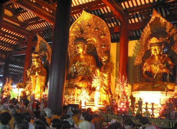 Bright Filial Piety Temple Main Hall