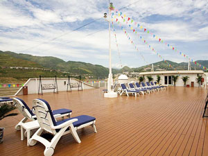Sun Deck,Century Diamond