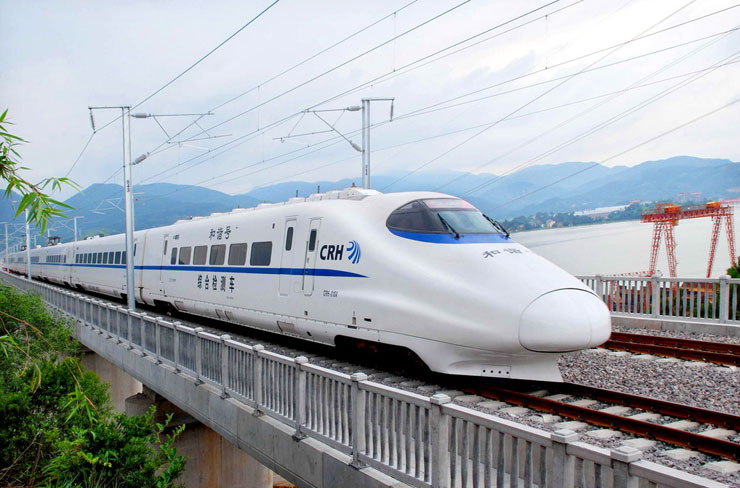 Travel in China by bullet trains