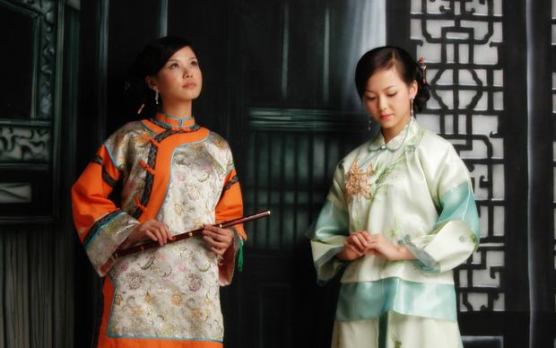 Graceful Chinese Cheongsam