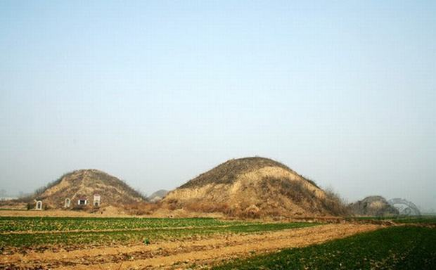 Chinese Pyramid View