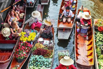 Image of Damnoen Saduak Floating Market