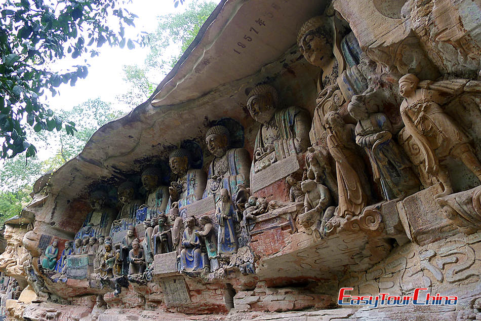 ETC clients visit Dazu Grottoes, one of the best in China