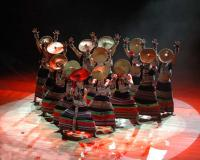 Dynamic Yunnan Show Group Dance