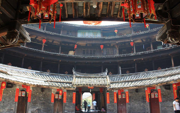 China tours to Fujian Hakka tulou buildings