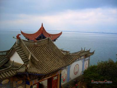 Erhai Lake Cruise to Tianjinge