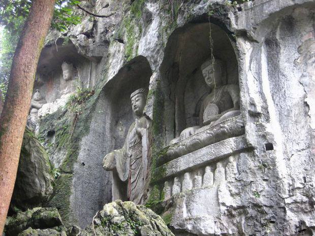 Another Grottoes Statues