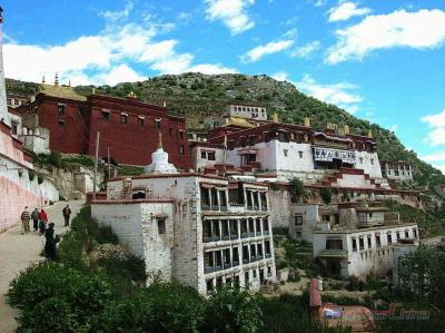 Images of Ganden Monastery