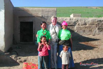 Visit Tibetan Family in Xiahe