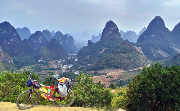 Bike around Guilin for the karst Scenery
