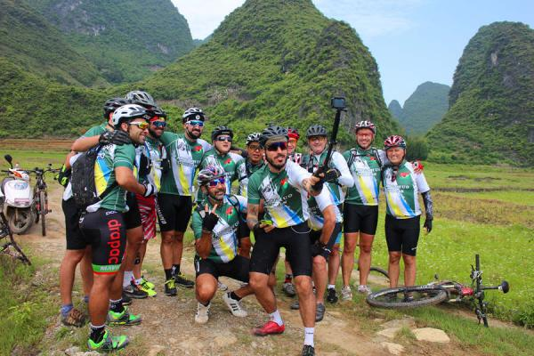 Brazilian cyclist in Yangshuo