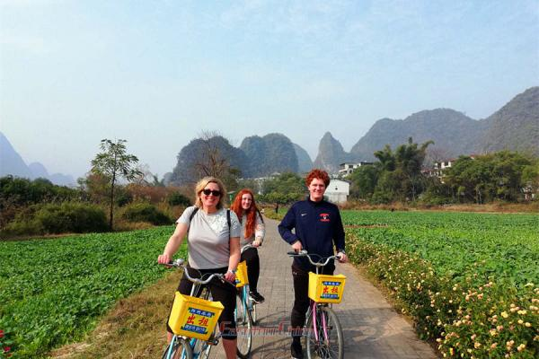 Bike on the country Roads of Yangshuo