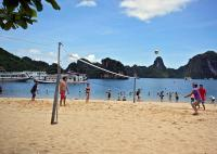 Ha Long Bay beach volleyball