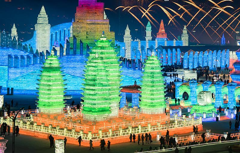 The amazing ice sculpture displayed in Harbin