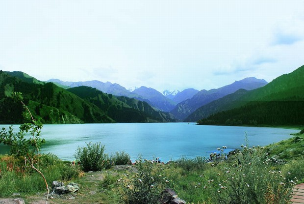 Natural Beauty of Heavenly Lake
