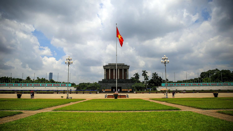 ผลการค้นหารูปภาพสำหรับ ba dinh square hanoi