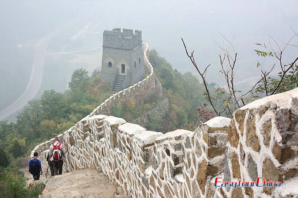 Hike The Great Wall at Huangyaguan section