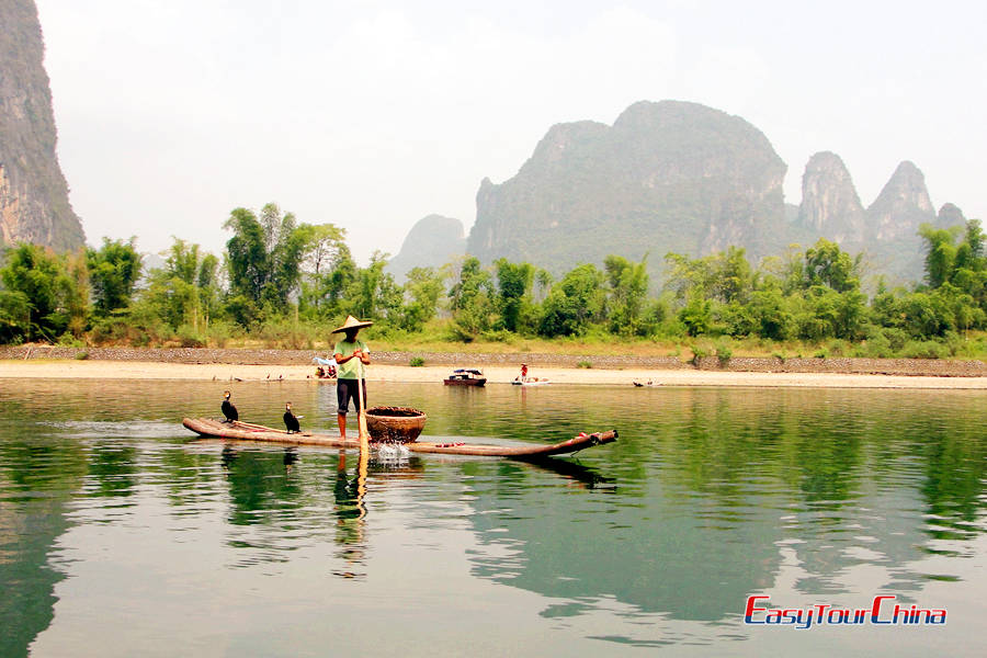 leisurely cruise down the Li River