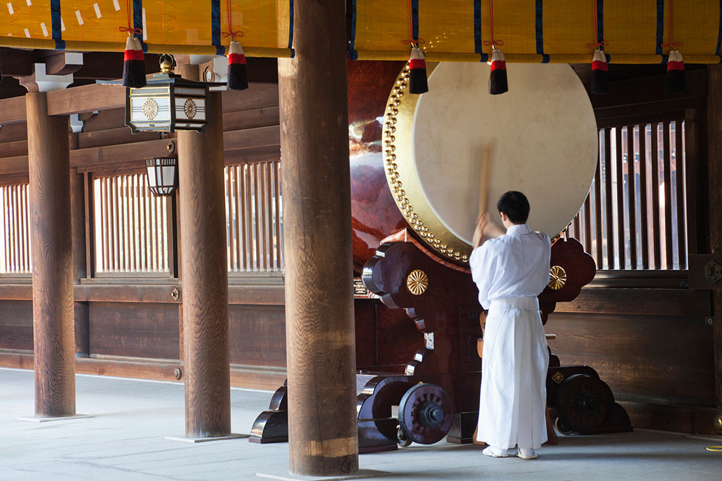 Traditional Rituals at Meiji Jingu Shrine