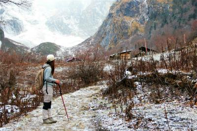 Meili Snow Mountain Trekking Tour