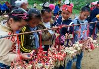 Miao Children & Local Craft works