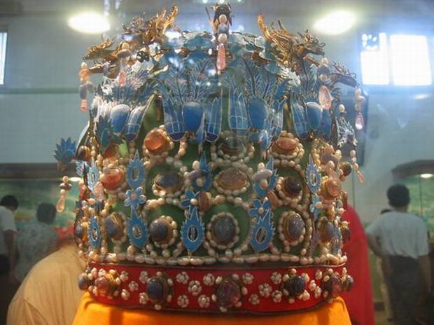 Ming Tombs Crown for Empress