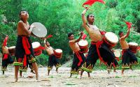 Travel Photos of Hani Minority Lads Drum Dance