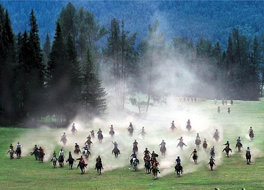 Riding Horses  Narat Grassland Pictures  Images Of Narat Grassland Xinjiang  Xinjiang Silk Road