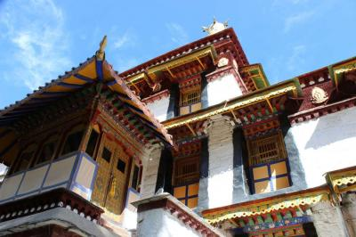 Norbulingka Architecture and Palace