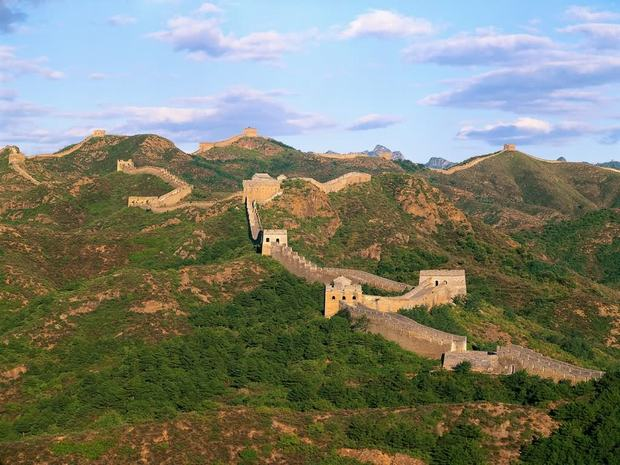 Overhanging Great Wall Panorama