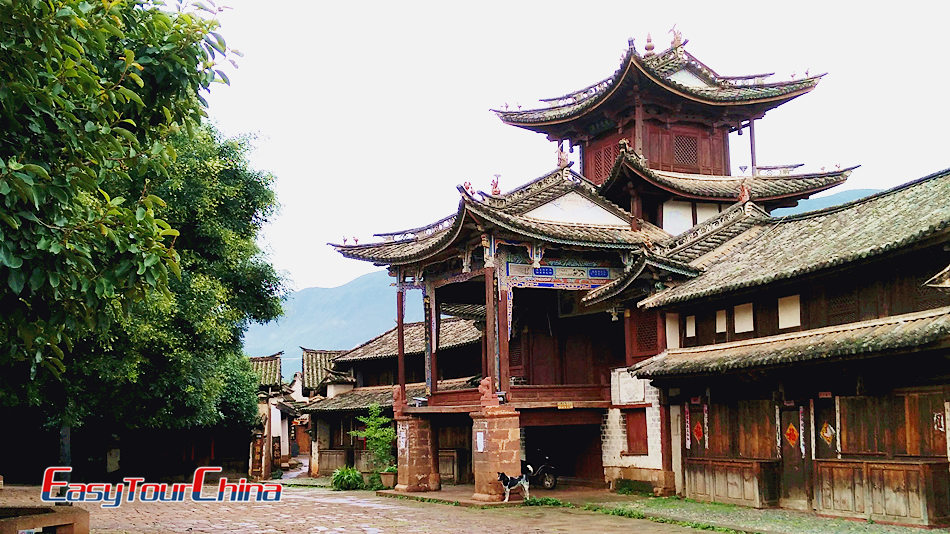 Visit the old theater of Shaxi Town