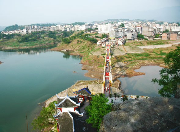 A Bird's-eye View of Shibaozhai