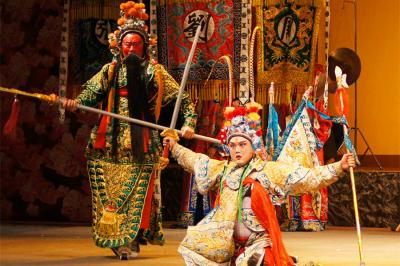 Sichuan Opera Performance in Chengdu