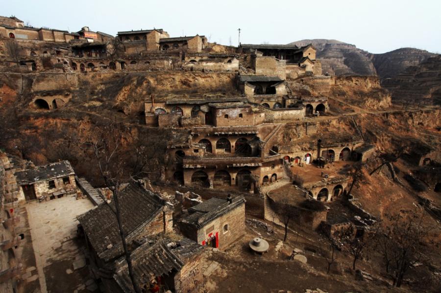 Cave Dwelling Hostels Of Lijiashan Taiyuan Qikou Ancient