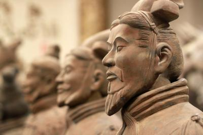Travel from Nanjing to Xian to visit Terracotta Warriors and Horses Museum