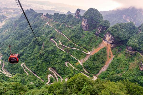 Tianmen Mountain cable car and 99-bend road