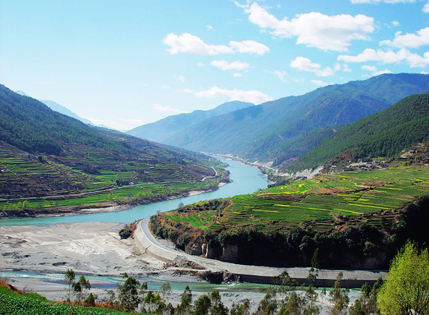 Tiger Leaping Gorge Sight