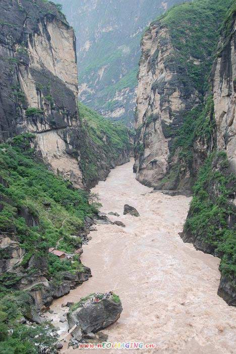 Tiger Leaping Gorge Scenery