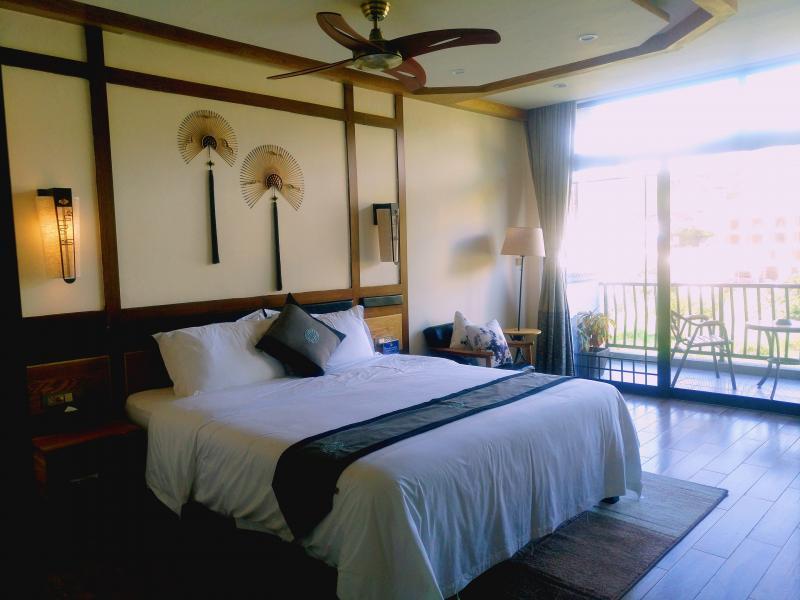 Bamboo Leaf Hotel