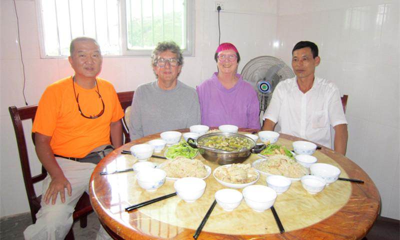 Wei and Australian Clients Enjoyed Chaozhao Local Food