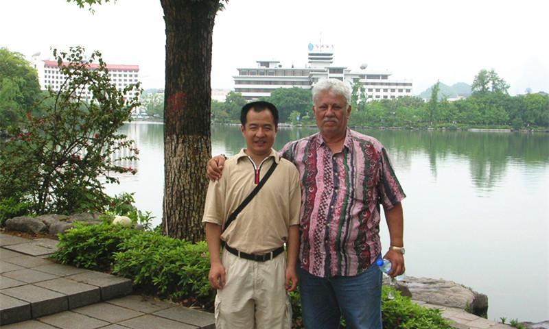 Ricky Meets Client in Guilin