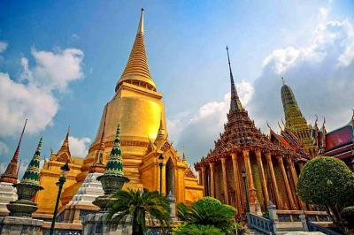 Wat Pho Architecture Images