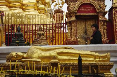 Reclining Buddha at Wat Phrathat Doi Suthep