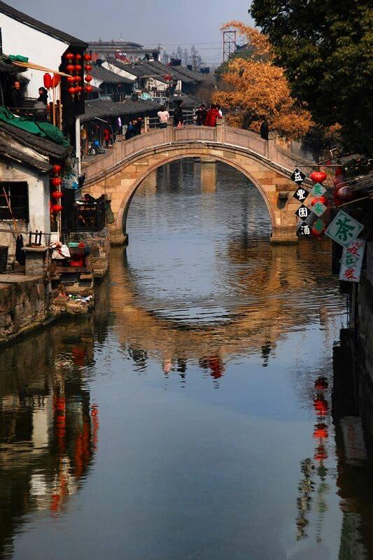 Explore China's Most Famous Water Town Wuzhen with Photos
